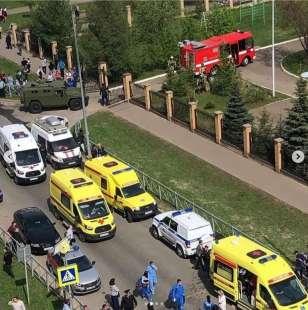 sparatoria in una scuola di kazan, russia 10