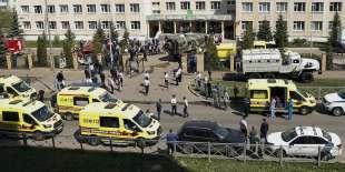 sparatoria in una scuola di kazan, russia 13