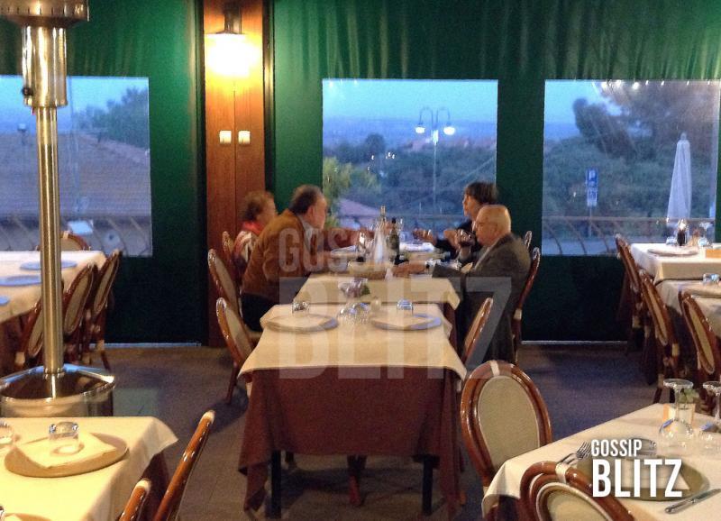 Matrimonio Ultima Spiaggia Capalbio : Giorgio e clio napolitano con i petruccioli al ristorante