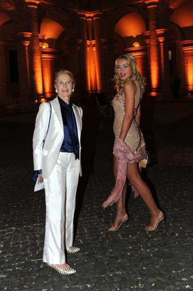 Valeria Marini con la mamma