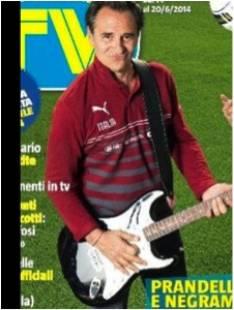 prandelli con la chitarra