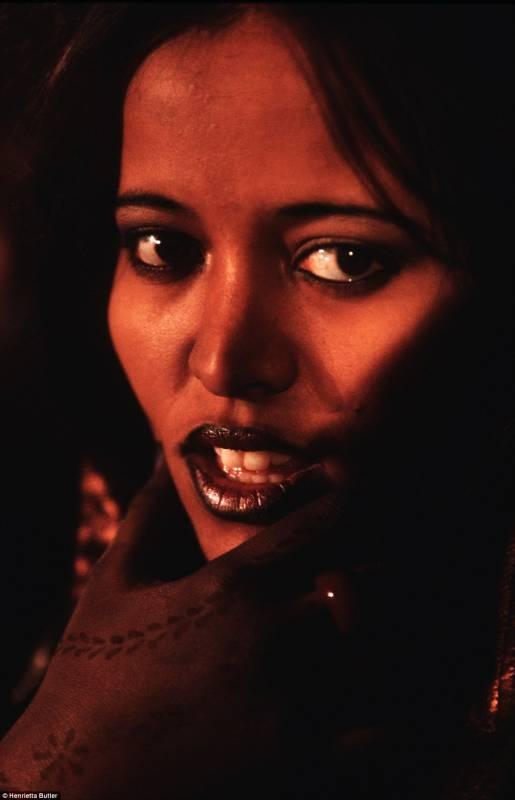 Le donne tuareg non devono coprirsi il viso dago fotogallery - Perche le donne musulmane portano il velo ...