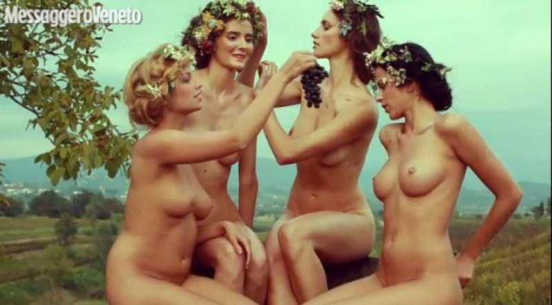 Schwarze nude exotische Modelle