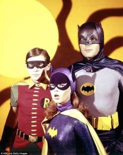 batman con robin e bat girl