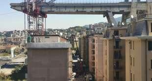 demolizione palazzo via porro 10, sotto ponte morandi 5