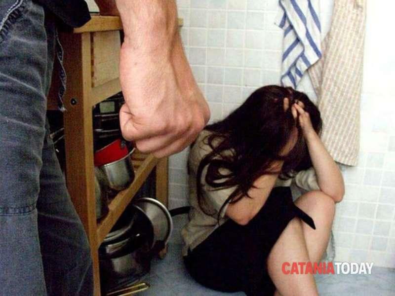 moglie picchiata dal marito 1