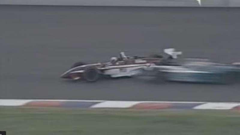 alex zanardi incidente sul circuito di lausitzring nel 2001 4