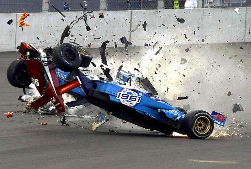 alex zanardi incidente sul circuito di lausitzring nel 2001 5