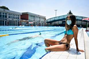 coronavirus piscina 1