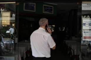blackout in galleria vittorio emanuele ii a milano 4
