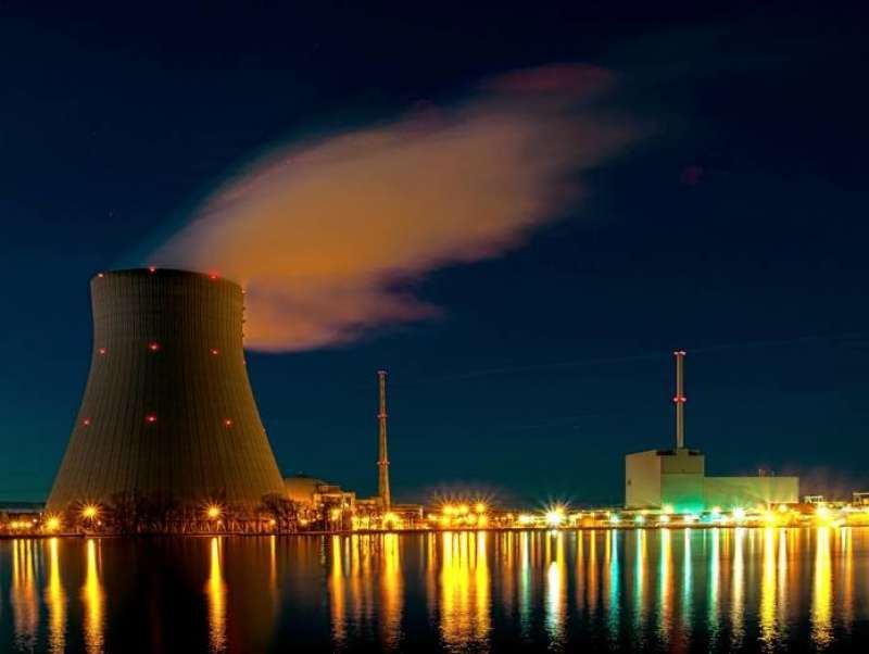 centrale nucleare 2