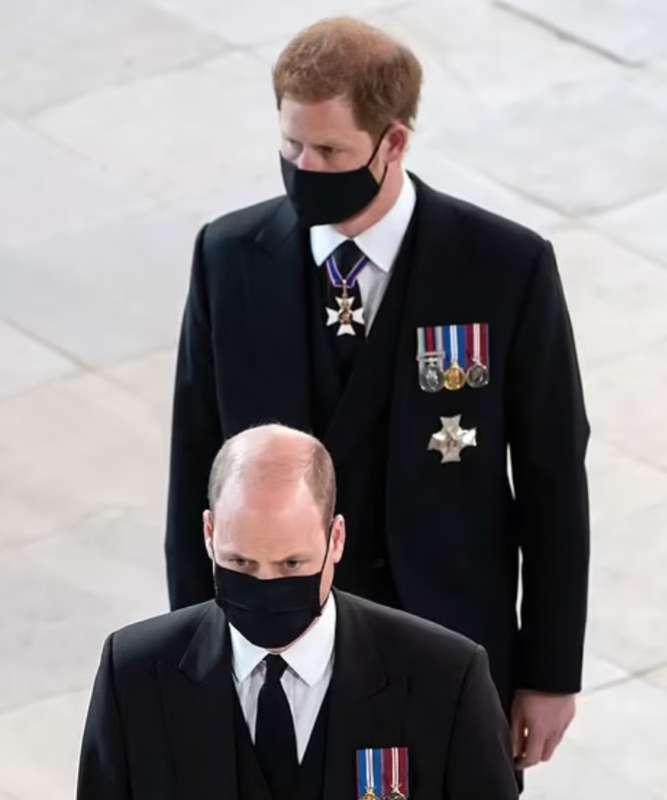 harry e william al funerale del principe filippo
