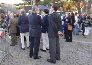 in fila per il trovatore