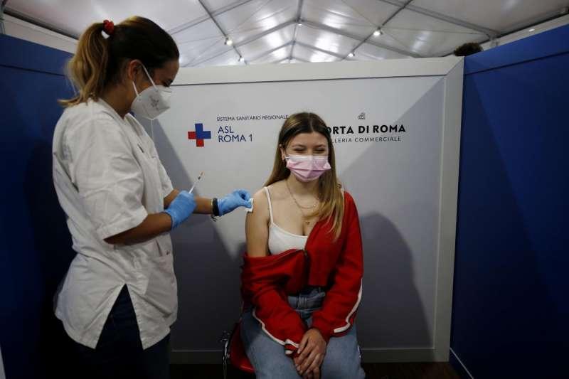 roma vaccinazione anti covid 19 per i maturandi 6