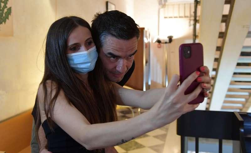 un selfie con boogie foto di bacco