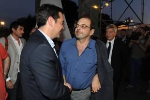 alexis tsipras saluta curzio maltese