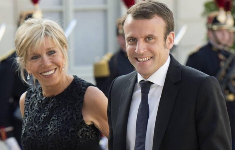 Macron, quell'attaccamento morboso della stampa