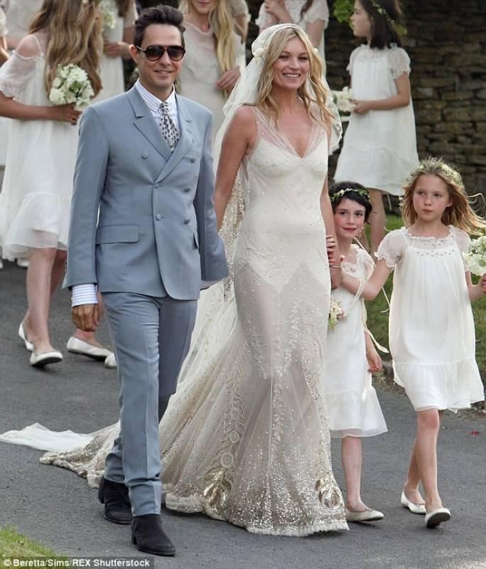Vestito Da Sposa Kate Moss.Jamie Hince E Kate Moss Abiti Da Sposa Famosi