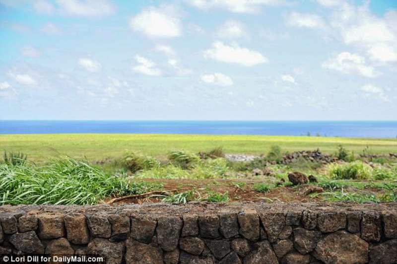 IL MURO INTORNO ALLA VILLA DI ZUCKERBERG ALLE HAWAII