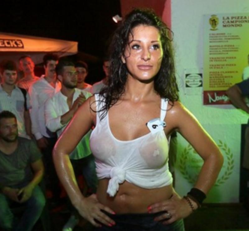 Miss maglietta bagnata 9 - Dago fotogallery