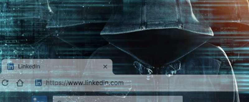 la cina recluta spie via linkedin 3