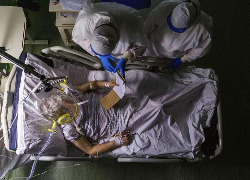 paziente di coronavirus in ospedale