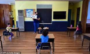 qcoronavirus scuola in california