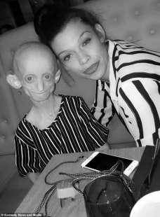 Ashanti Smith con la mamma 2