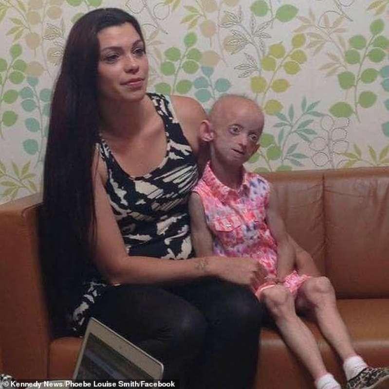 Ashanti Smith con la mamma 4