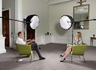 dominic cummings intervistato da laura kuenssberg per la bbc