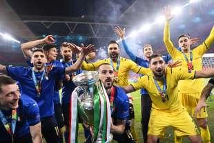 i festeggiamenti dopo la vittoria a euro 2020