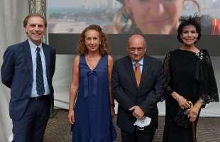 marisela federici gerardo amaduzzi ambasciatore italiano in colombia con sua moglie e giovanni parapini foto di bacco