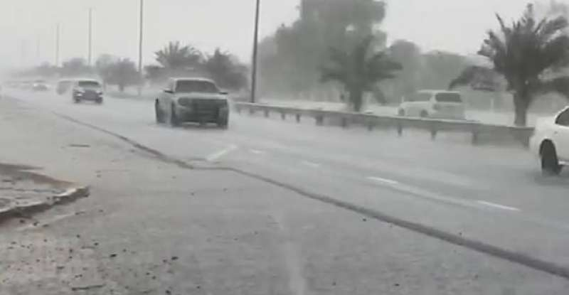 Pioggia a Dubai