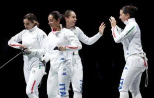 SPADA FEMMINILE ROSSELLA FIAMINGO, FEDERICA ISOLA, MARA NAVARRIA, ALBERTA SANTUCCIO
