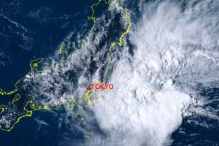 tempesta in arrivo a tokyo 4