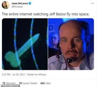 Tweet Jeff Bezos viaggio spaziale 2