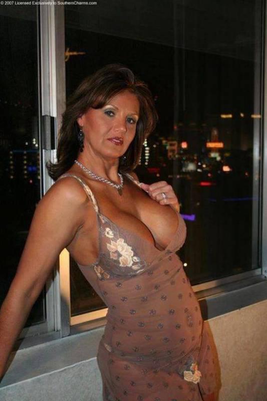cougar women sexy amateur