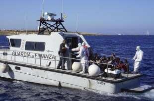 migranti della open arms