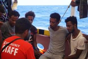 migranti sulla open arms 1