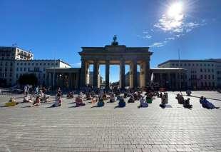 manifestanti fridays for future a berlino 1