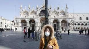 turista cinese a venezia