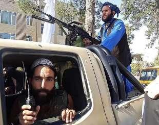 talebani in marcia verso kabul