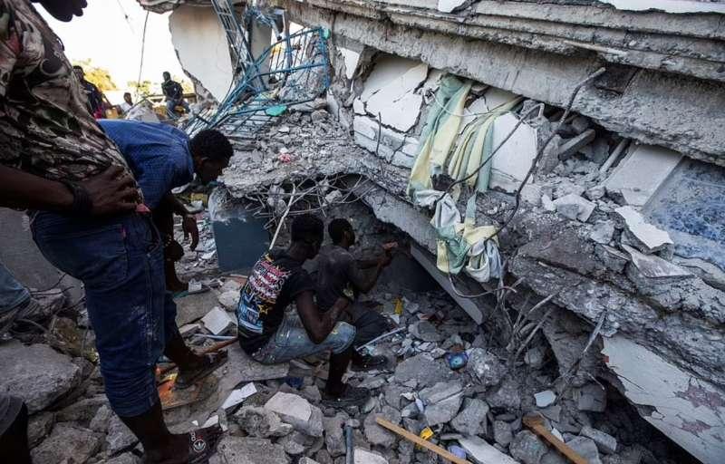 terremoto haiti 25