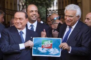 BERLUSCONI VERDINI ALFANO INAUGURAZIONE SEDE FORZA ITALIA FOTO LAPRESS