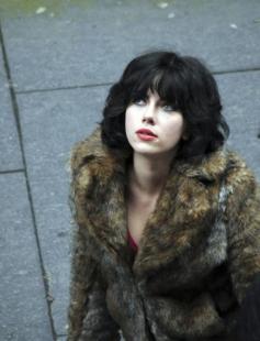 Under the Skin di Jonathan Glazer mostra cinema venezia film da non perdere H L