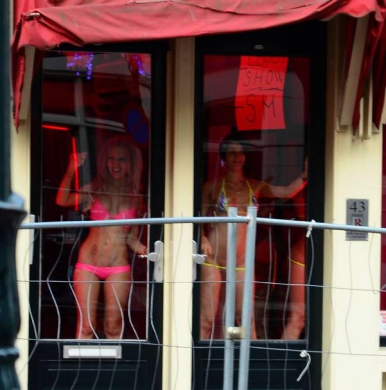 Playboy Nude Women - Hot Play Boy Girls & Bunnies, Sexy Babes.