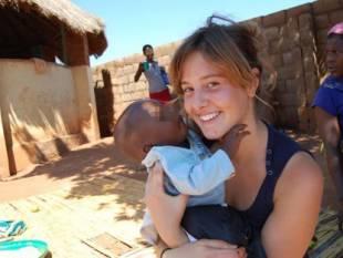 Greta Ramelli 21 anni- una dei 6 italiani rapiti
