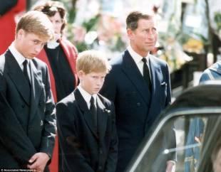 william , harry e carlo ai funerali di diana