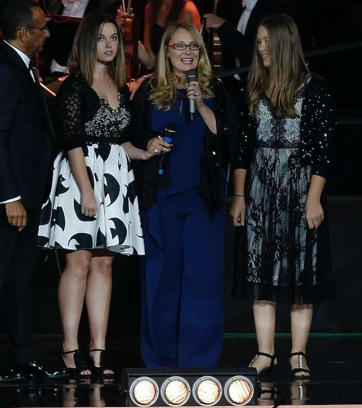 Nicoletta mantovani con figlia e nipote di pavarotti for Nicoletta mantovani pavarotti