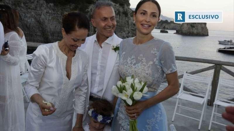 Matrimonio Letizia Romano : Noemi letizia con i genitori dago fotogallery